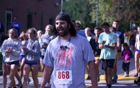 Alumni race through campus has special meaning for one former runner