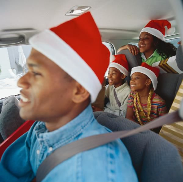 5+Ways+to+Stay+Safe+During+the+Dangerous+Holiday+Driving+Season