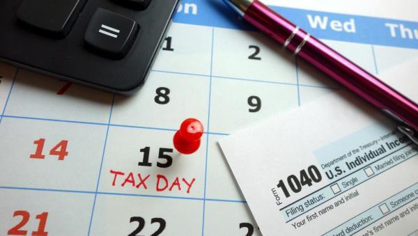 Tips+for+a+Stress-Free+Tax+Season