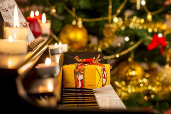 5+Tips+for+a+Merry+Holiday+Home