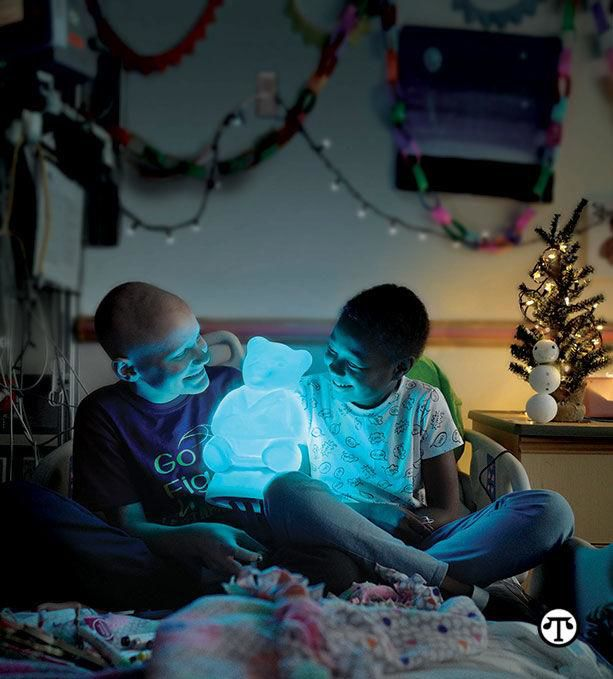 Lighting+Up+The+Holidays+For+Children+In+The+Hospital