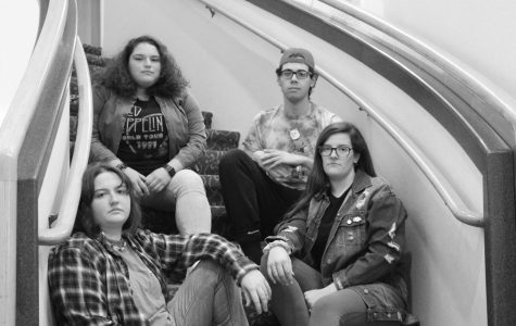 RWU students rep their '90s fashion on campus.