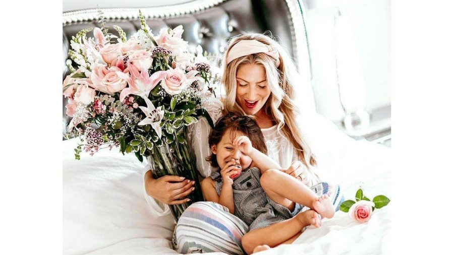 5+tips+for+celebrating+Mothers+Day+from+afar