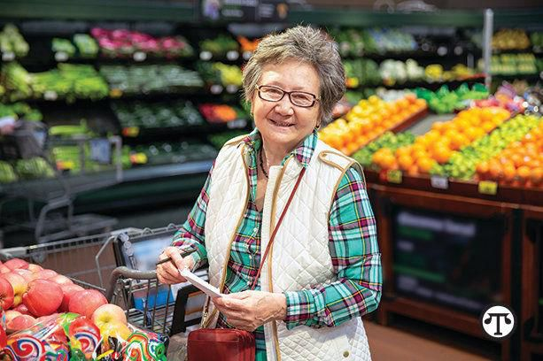 Older+shoppers+can+save+big+on+groceries+with+a+new+program+that+lowers+costs+and+identifies+healthful+options+right+in+the+store.