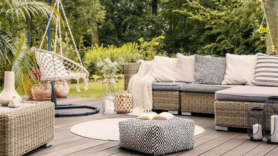 Simple+ways+to+beautify+your+outdoor+space+and+enjoy+time+at+home