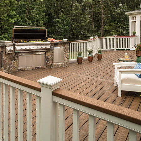 5+Questions+to+Ask+When+Hiring+a+Decking+Contractor