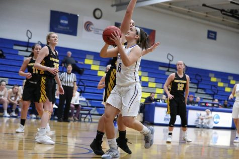 Alyssa Grant going in for a lay-up in a game on Jan. 3, 2019 against Wentworth before her injury.