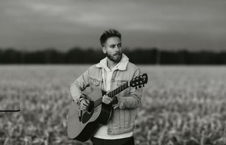 Acoustic pop artist Jonah Baker will be performing virtually for CEN's Coffeehouse event on Nov. 19.