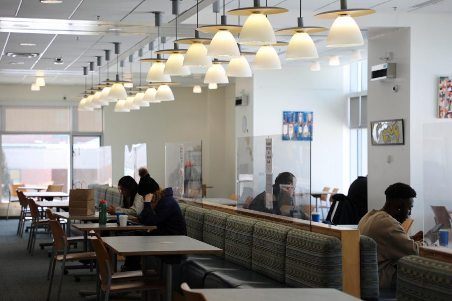 Upper Commons reopens for seated breakfast