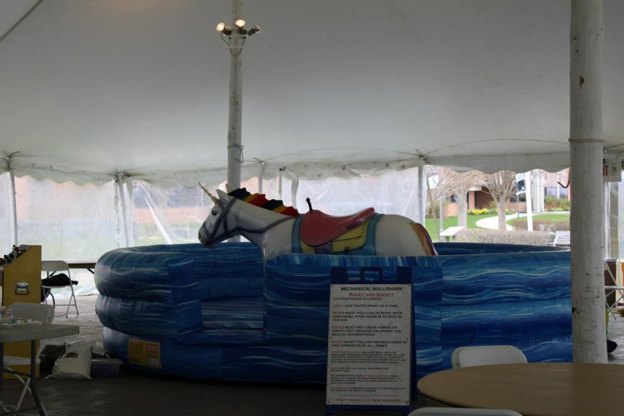 A mechanical unicorn was available for event-goers to ride.