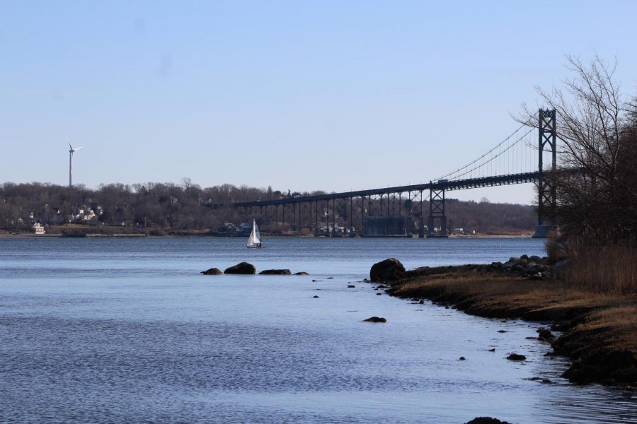 The Shell Path offers beautiful views of the bay and the Mount Hope Bridge.
