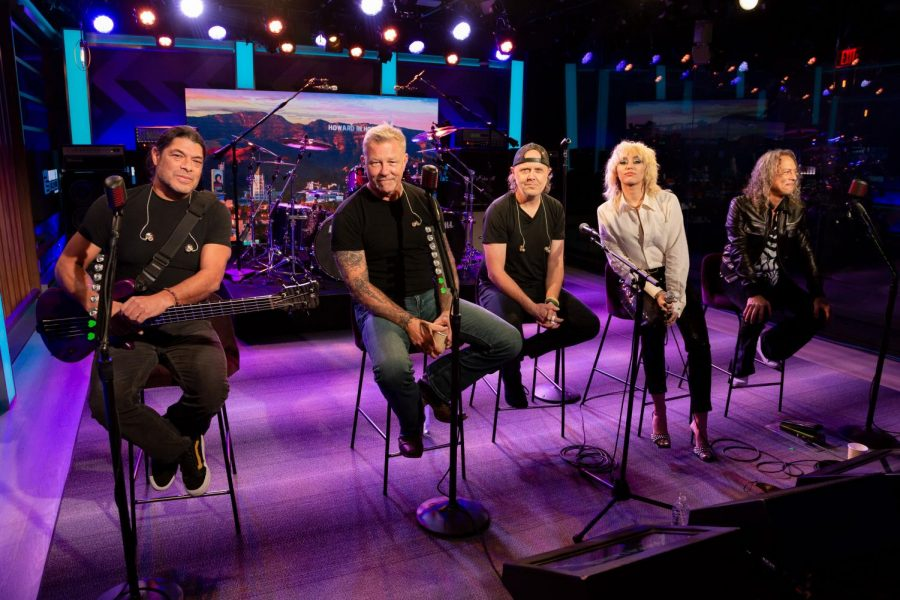 Metallica+and+Miley+Cyrus+on+the+Howard+Stern+Show+on+Sept.+9%2C+2021.+Cyruss+rendition+of+Nothing+Else+Matters+was+one+of+the+first+songs+to+be+released+from+The+Blacklist.